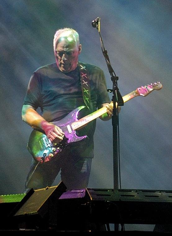 David Gilmour: Munich July 2006 [click for larger]